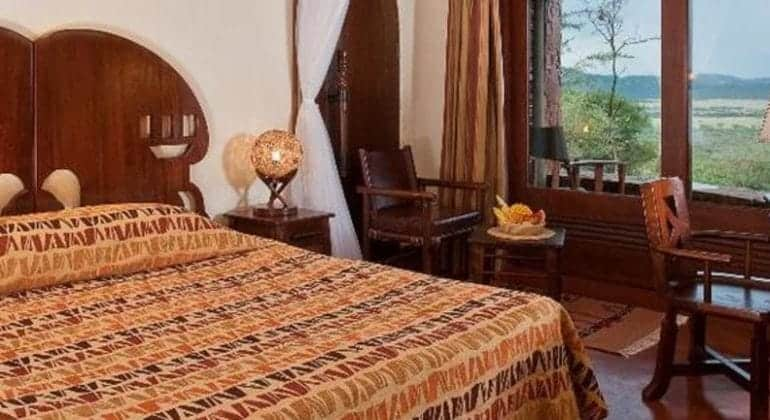 Serengeti Serena Safari Lodge Bedroom