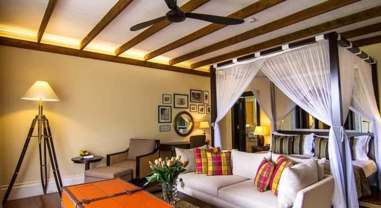 Hemingways Nairobi Room