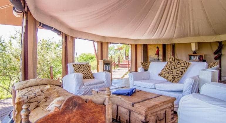 Ol Seki Hemingways Mara Lounge