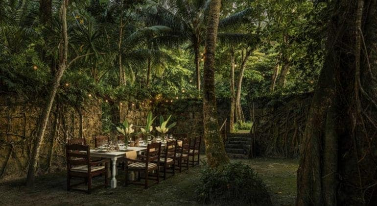 Four Seasons Seychelles Outdoor Dining