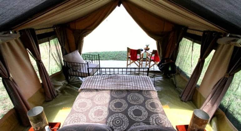 Intimate Camps Bedroom