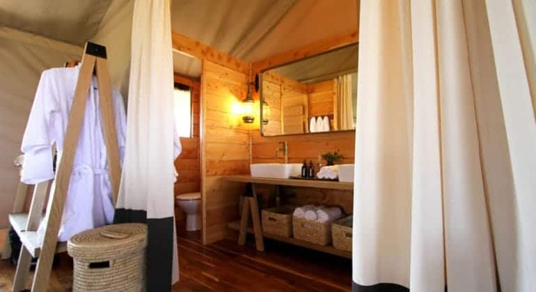 Siringit Serengeti Camp Bathroom
