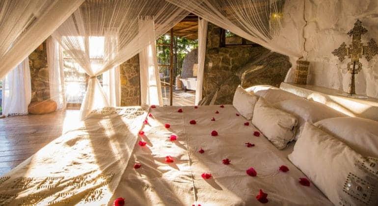 Kaya Mawa Bedroom 1