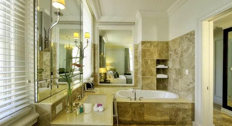 Taj Cape Town Bathroom