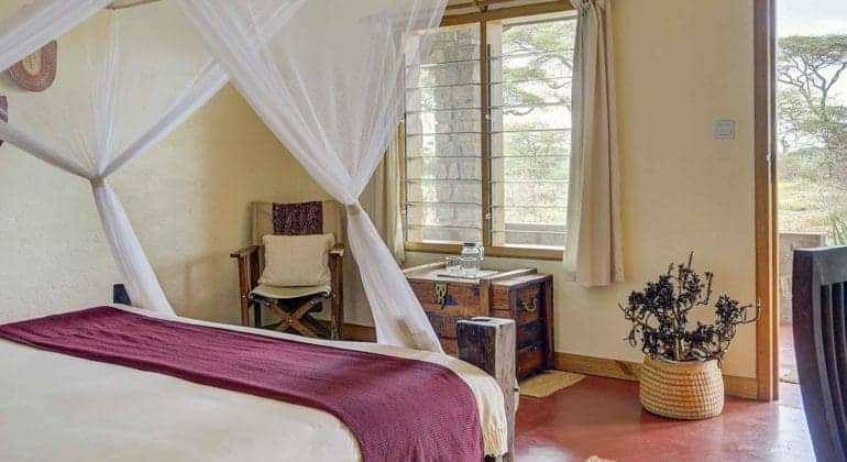 Ndutu Safari Lodge Bedroom
