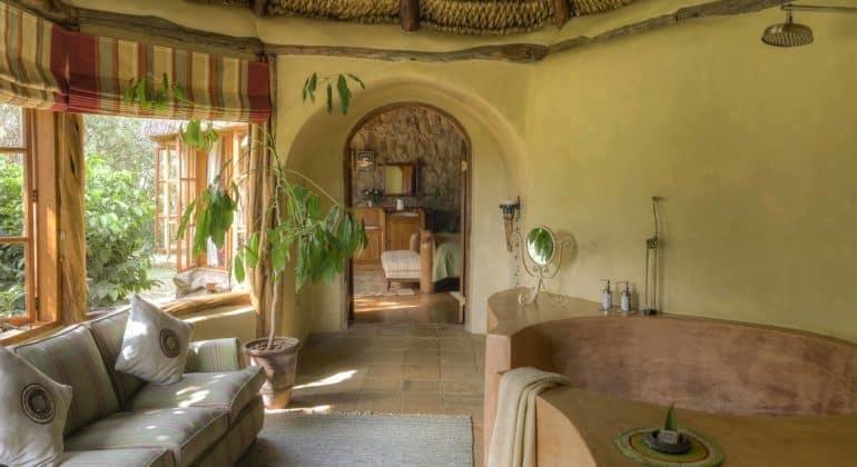 Laragai House Bath