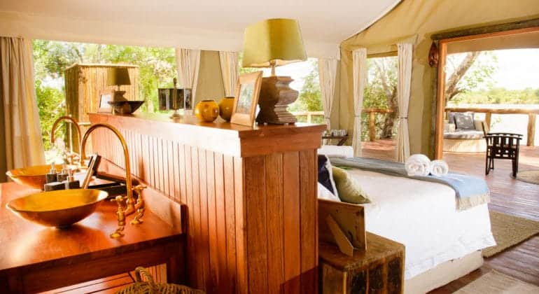 Ila Safari Lodge Room