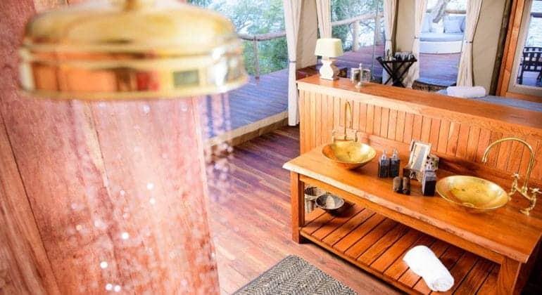 Ila Safari Lodge Shower