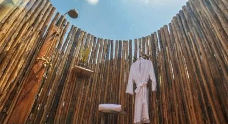 Asanja Grumeti Camp Bathroom