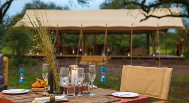 Asanja Grumeti Camp Outdoor Dining