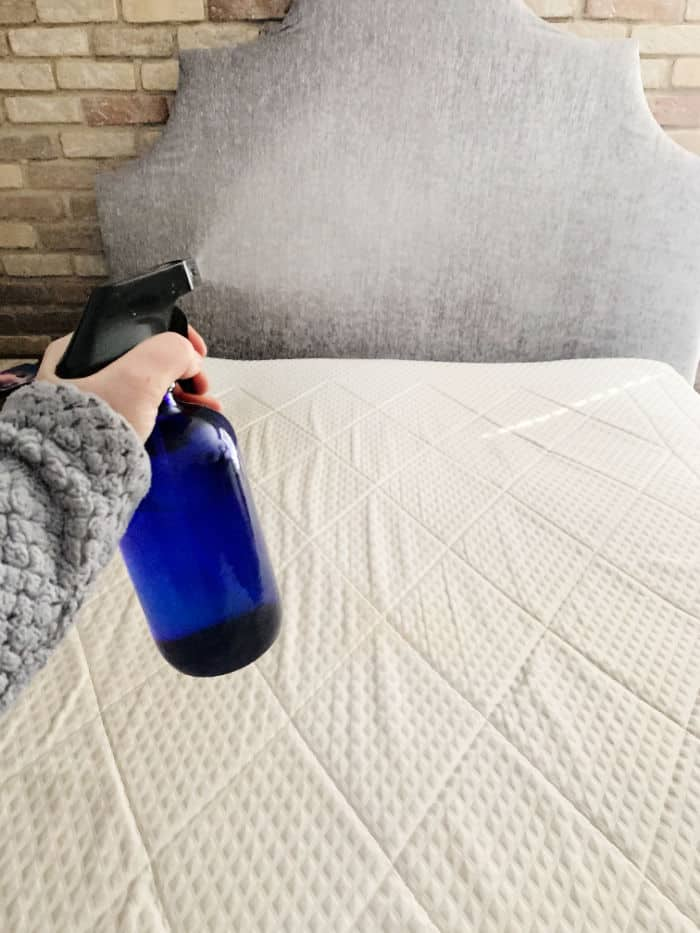 Vinegar sprayed on mattress
