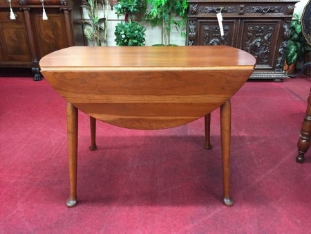drop leaf table with rounded leaves