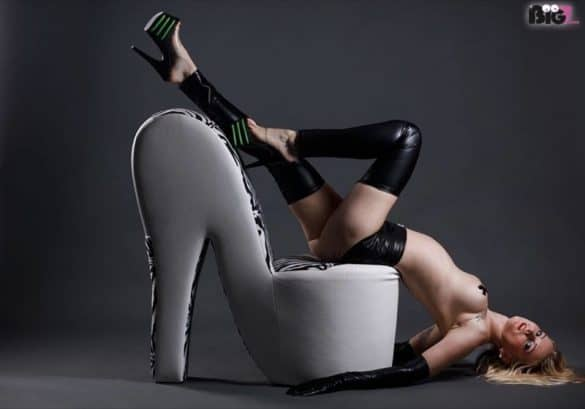 Mia Bitch Geburtstag - Alles Gute • Eronite Erotikmagazin Erotiknews Sexnews