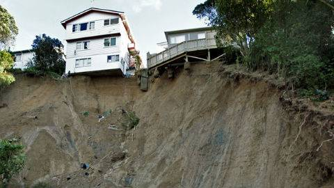 Landslide_Wellington_480