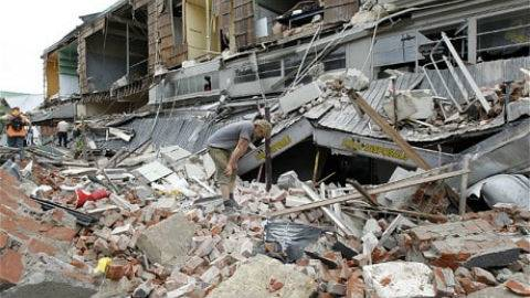 earthquake-rubble-CHCH_480