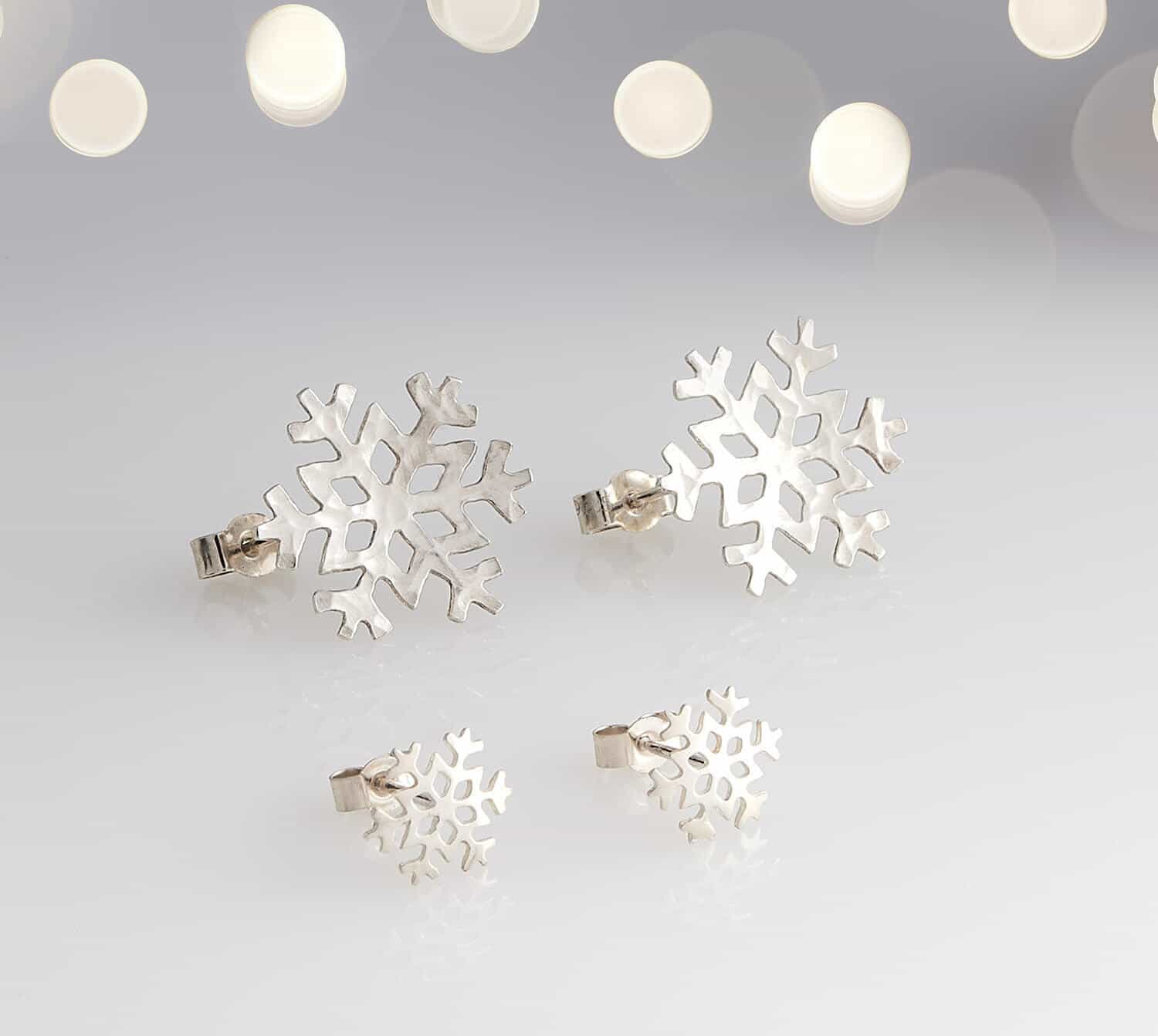 Snowflake silver jewellery stud earrings product photograph