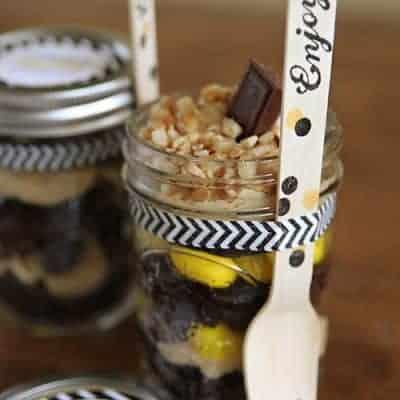Easy Chocolate Brownie Dessert in a Jar