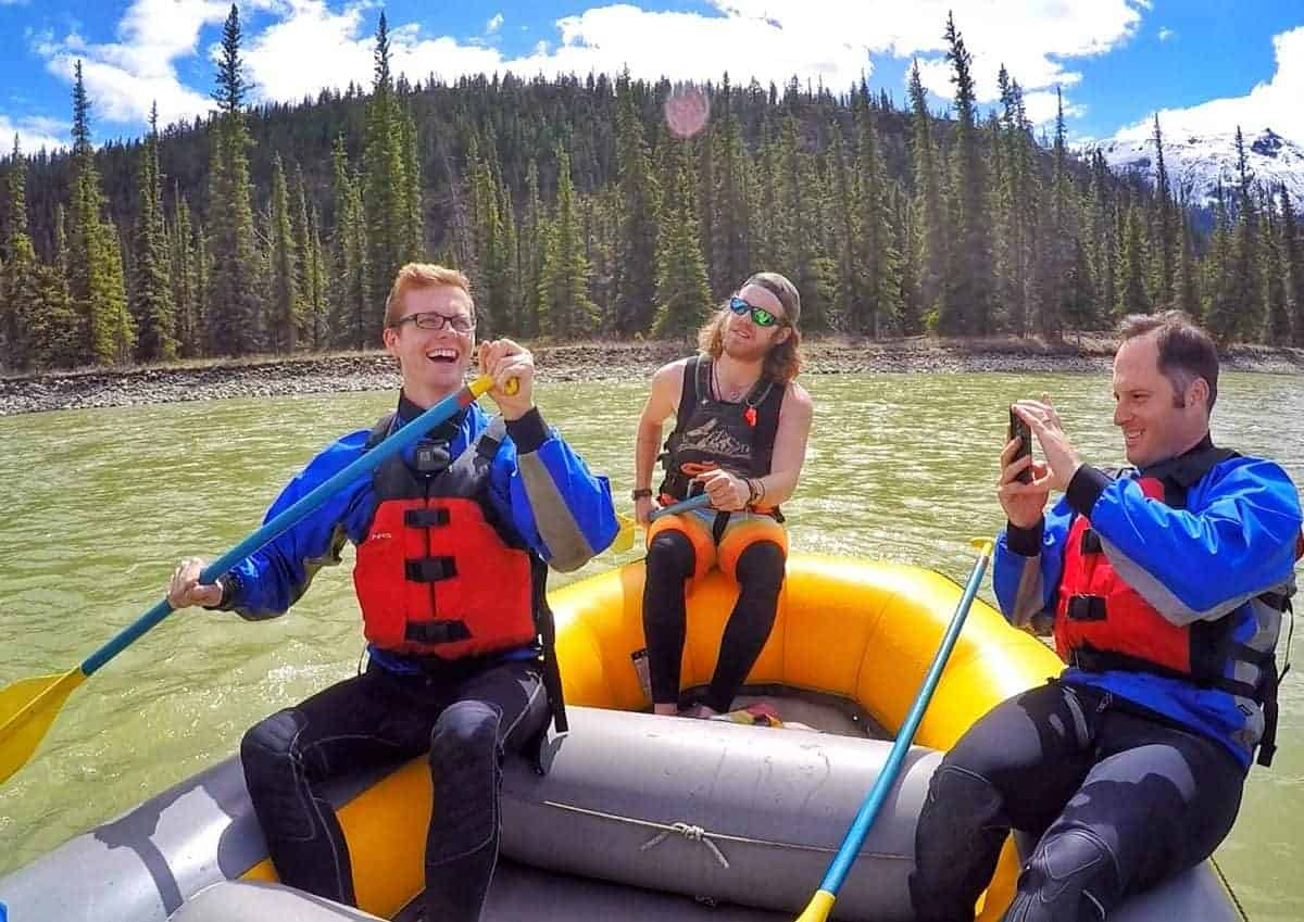Jasper-National-Park-White-Water-Rafting