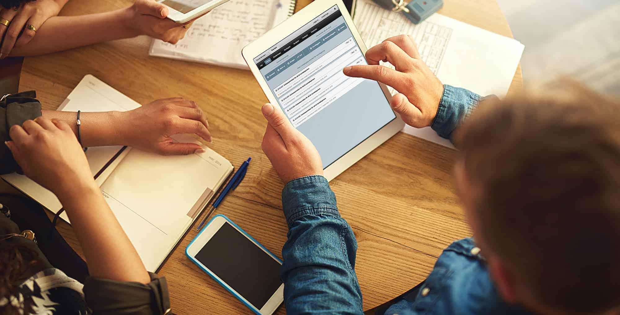 Ladda hem vår e-bok, det digitala kansliet, helt gratis