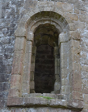 Timahoe Round Tower - The Irish Place