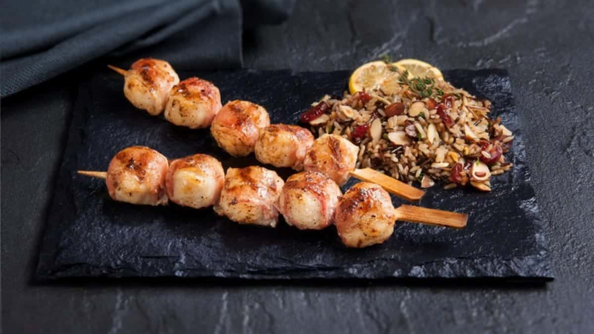 Bacon Wrapped Scallop Skewers<br></noscript><img class=