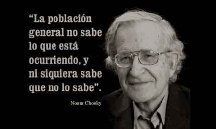 En el día de la solidaridad: Chomsky
