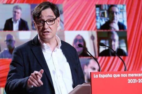 La Moncloa anunció que Salvador Illa dejará su cargo como ministro de Sanidad para dedicarse a la campaña a las elecciones las catalanas del 14 de febrero, a pesar del Covid