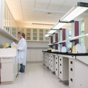 Fully Adaptable Laboratory Tables