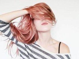 4 Thói quen gội đầu làm tóc bạn rụng nhiều hơn