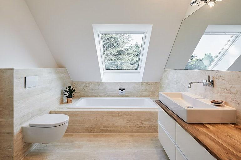 Белая ванная