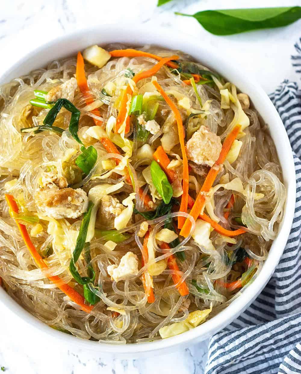 Pancit Bihon (Filipino Stir Fried Noodles)