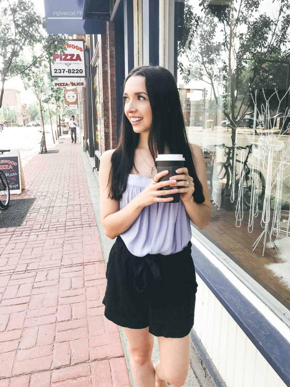Blog coach Dana Nicole drinking a coffee