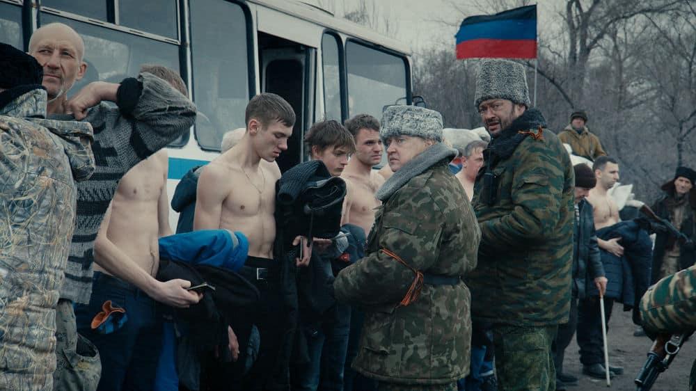 Un contrôle d'identité dans Donbass