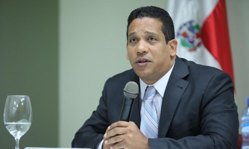 Carlos Pimentel, director general de Compras y Contrataciones