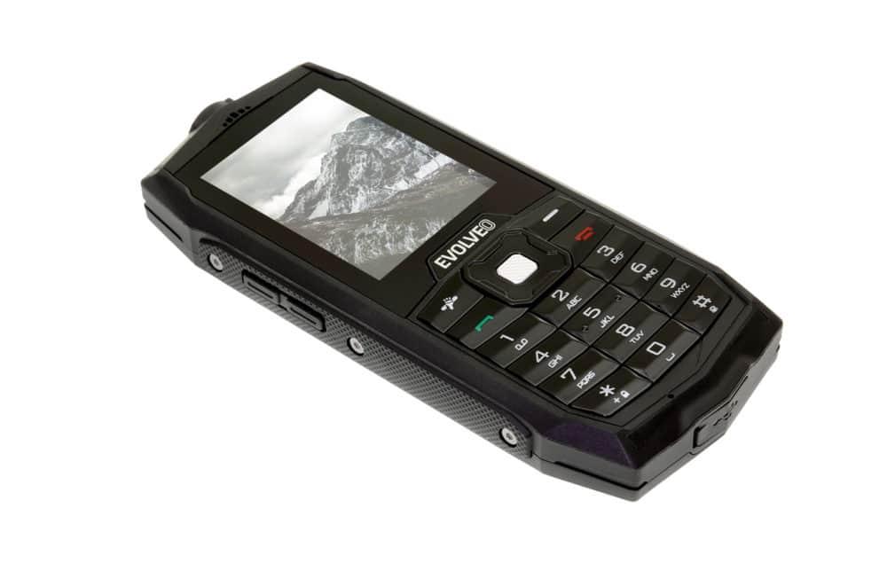 Zaujme vysokou odolností a nízkou cenou: Evolveo StrongPhone Z1