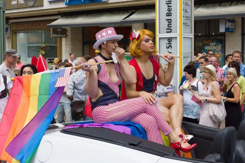 Немцы любят геев! фото 1