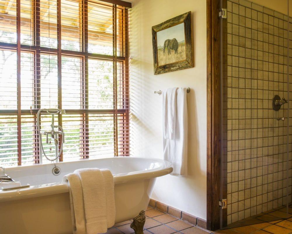 ll_bathtub