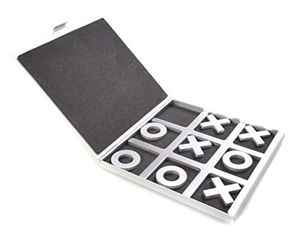 Tic Tac Toe Brettspiel aus Aluminium