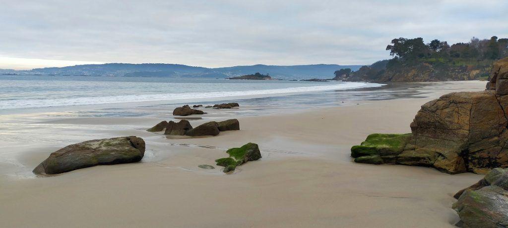 La playa de Lapamán se podía contemplar tanto situándose de frente o de espaldas al mar