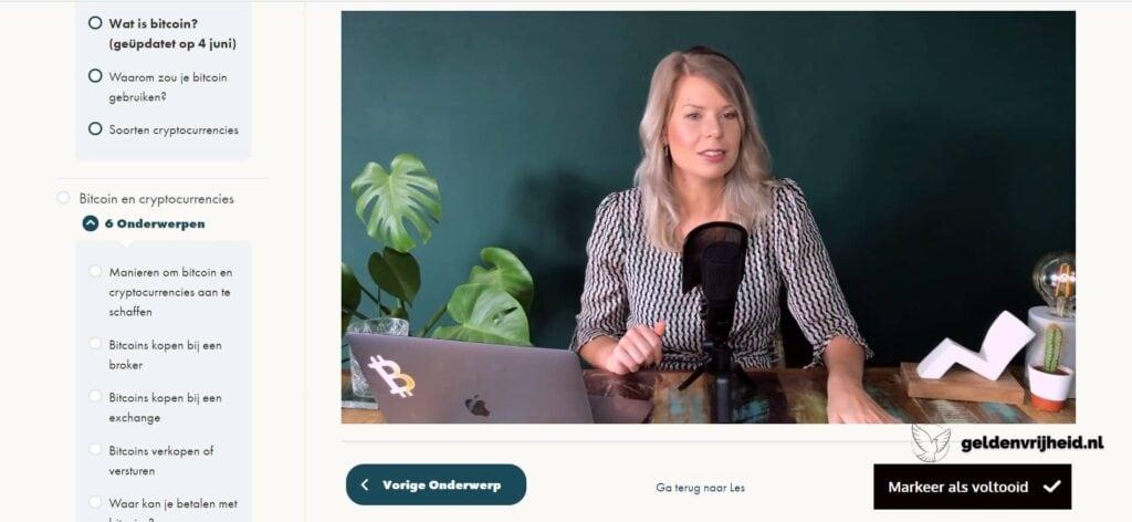 Madelon Vos als mentor van haar bitcoin basiscursus