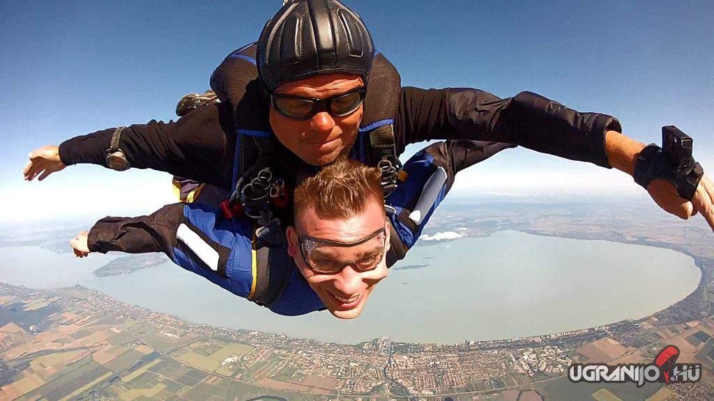 Ugrani Jó tandemugrás Siófok jumping