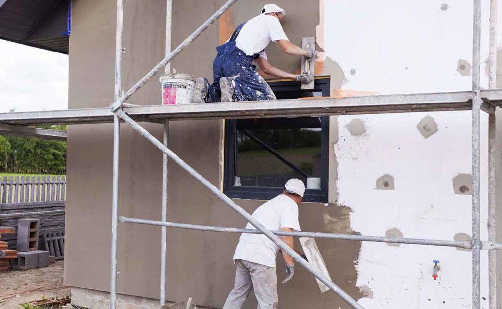 Оштукатуривание наружных утеплённых стен пенопластом