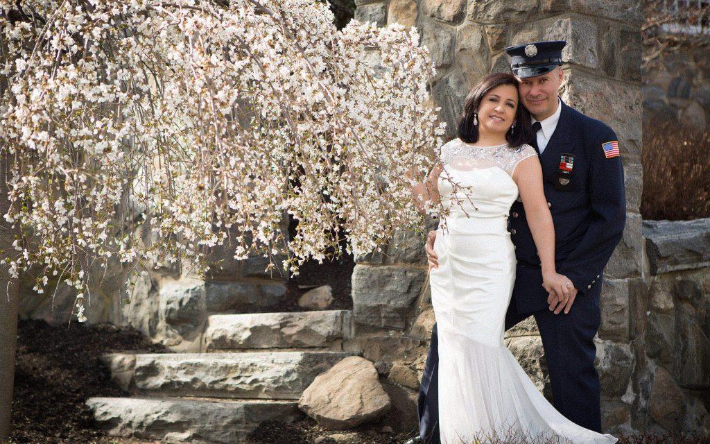 firefighter-engagement-couple-photo-shoot-juliati-photography