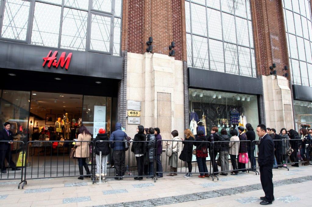 H&M PESTLE analysis social