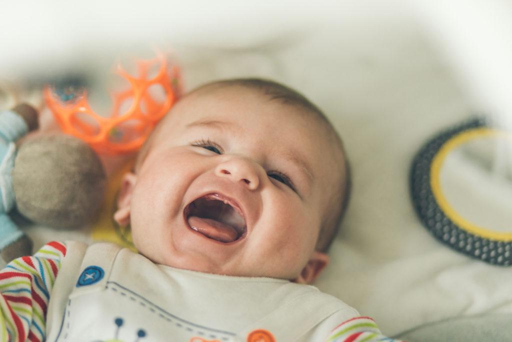 ma liste d'achats indispensables avant la naissance de bébé à prévoir durant la grossesse