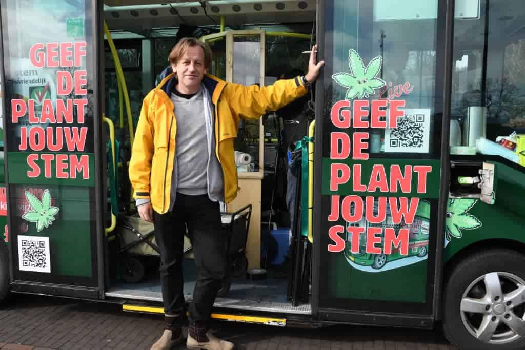 CannaStemBus Derrick Bergman tour Maastricht Roermond column Gweedo