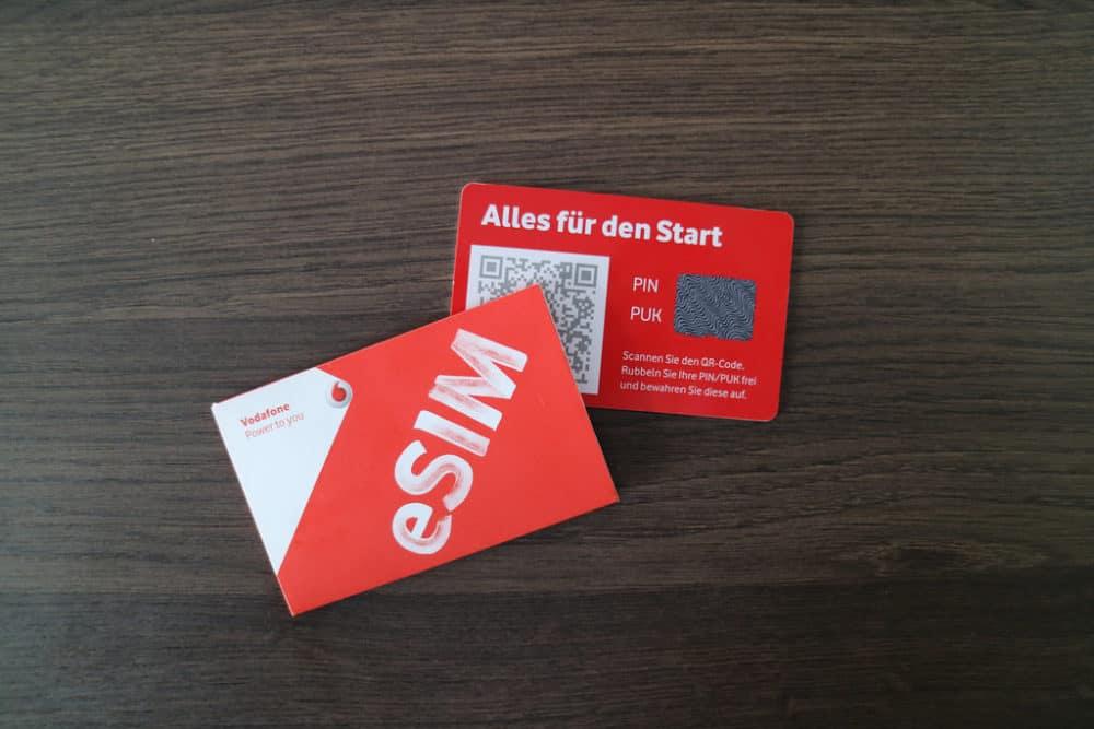 Změna pro mobilní telefony? eSIM - SIM karta přímo na tištěném spoji mobilů