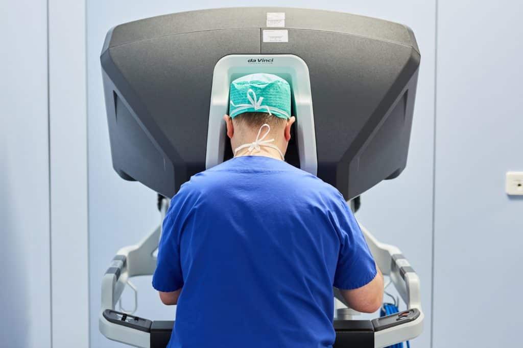 La chirurgie robotique fait son entrée au CHL