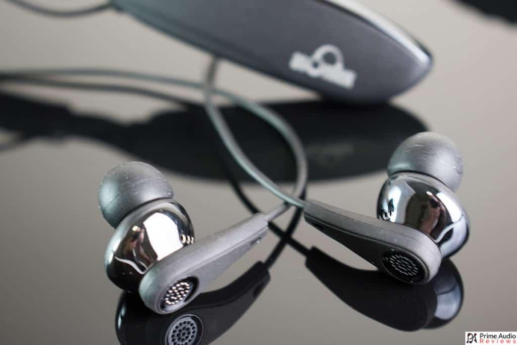 V205 wireless neckband headphones