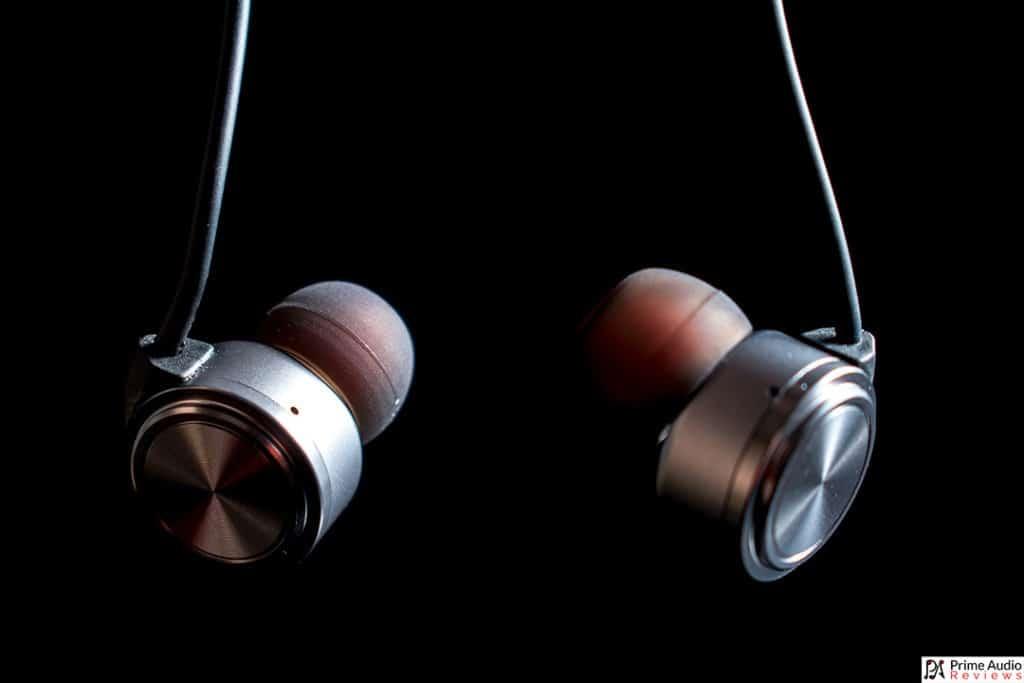 Tin Audio T1 hanging